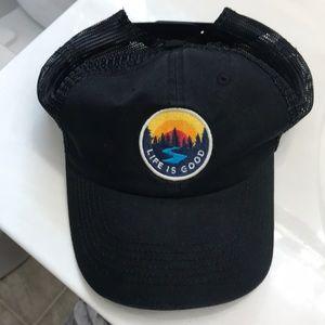 Life is Good trucker hat. Black.